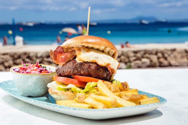 13#-BARBUDA-BEACH-FOOD